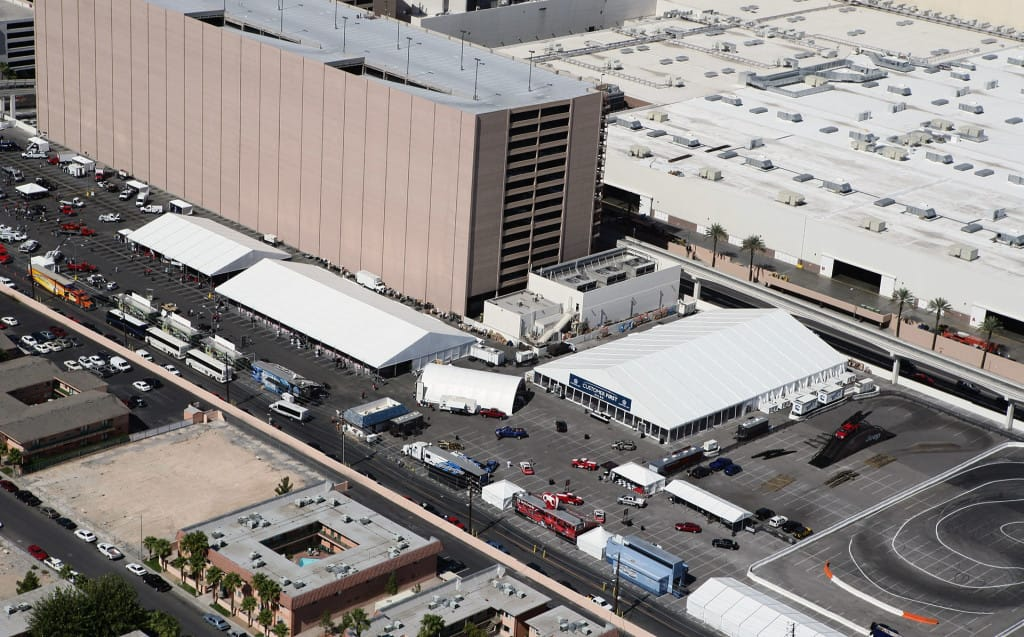 Commercial Tents Can Help Your Projects Stay on Track | American Pavilion