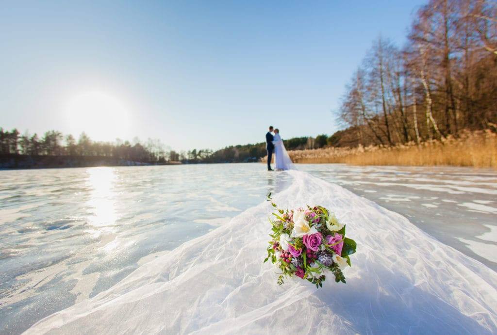 How to Have the Perfect Outdoor Winter Wedding   American Pavilion